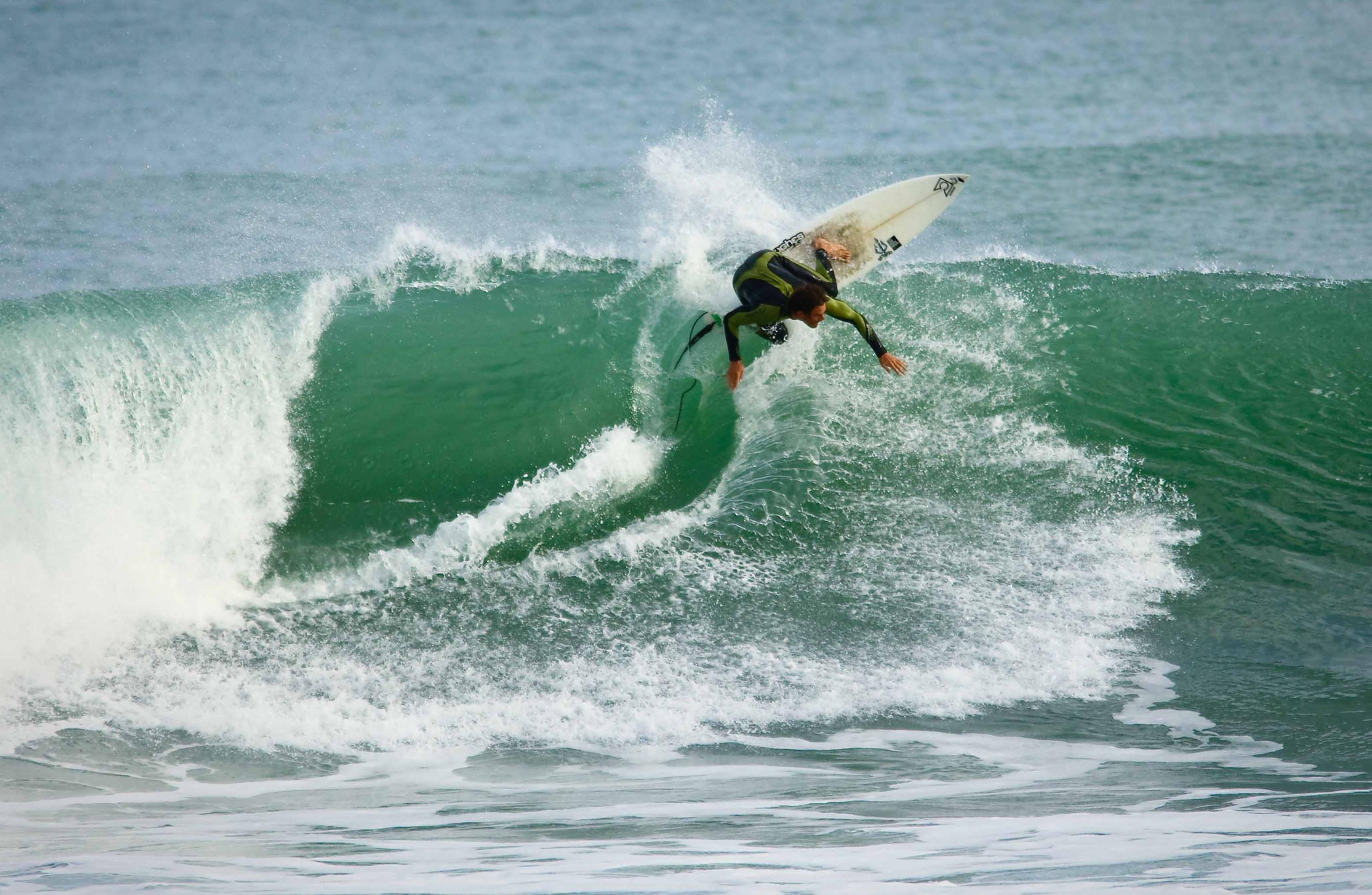 wayne dean surfer - HD3126×2040