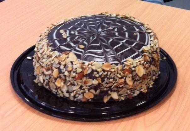 doreen cake trimmed